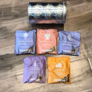 DAVID'S TEA tin and 5 iced tea flavours